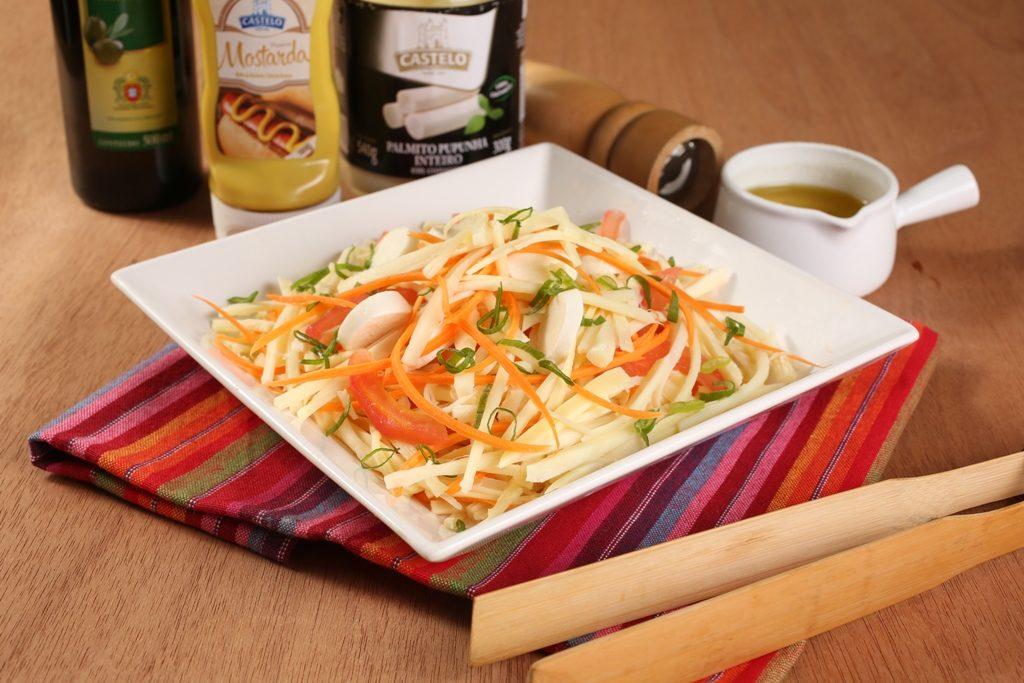Receita: Salada de macarrão com pupunha